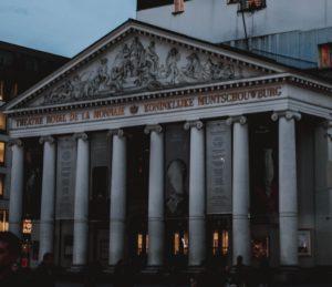 Bourse Bruxelles c) unplash QH8innZOoCo