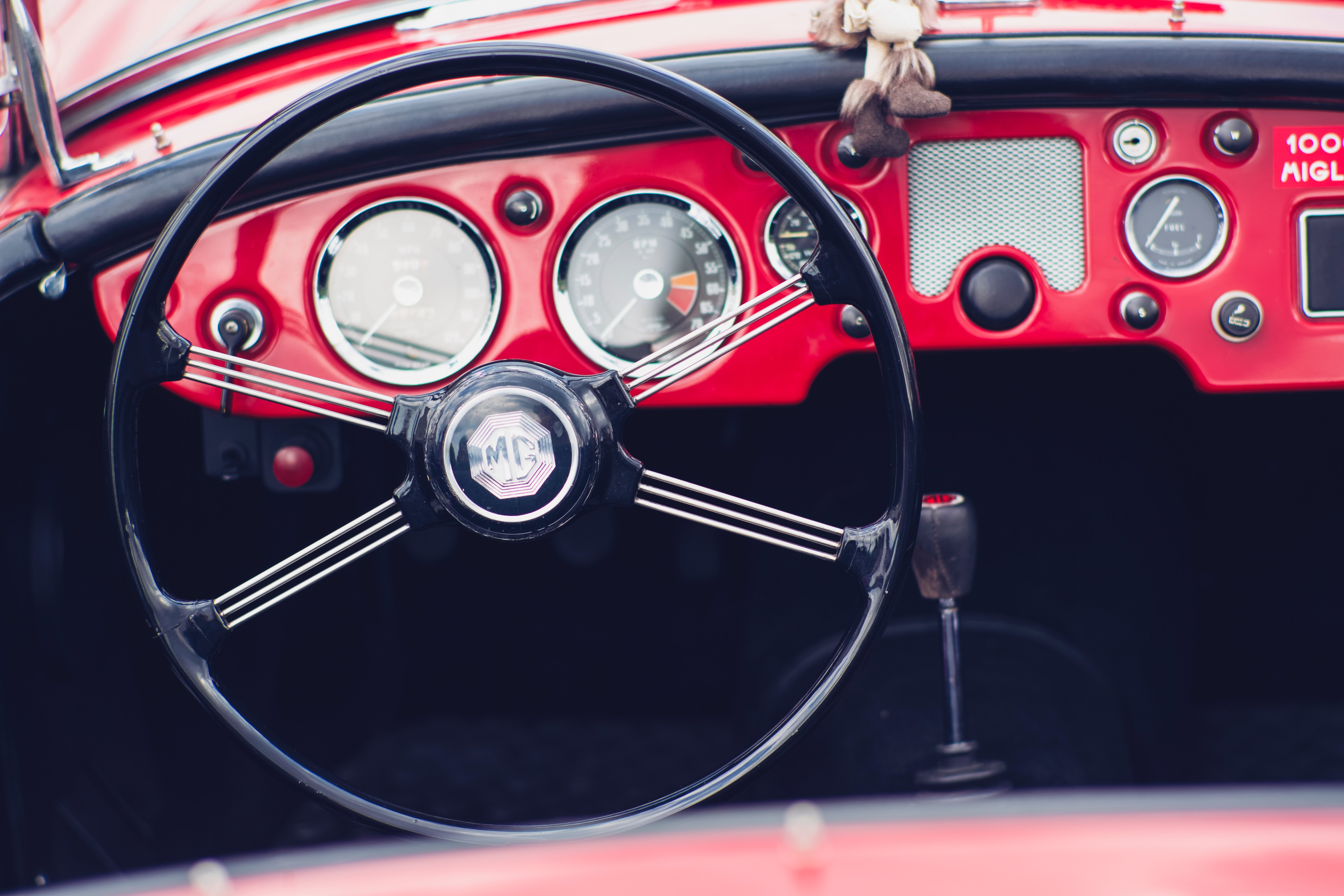 Voiture d'époque (c) Photo by Markus Spiske on Unsplash