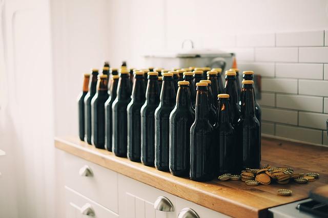 Ou achter des bières à Bruxelles (c) Image par Pexels de Pixabay