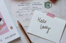 Envoyer des cartes postales gratuitement avec bpost (c) Photo by Naomi Irons on Unsplash